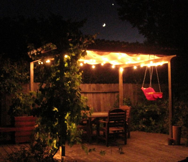 small + friendly: Pergola Project - Outdoor Pergola Lights