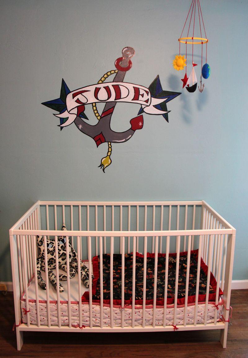 Crib detail