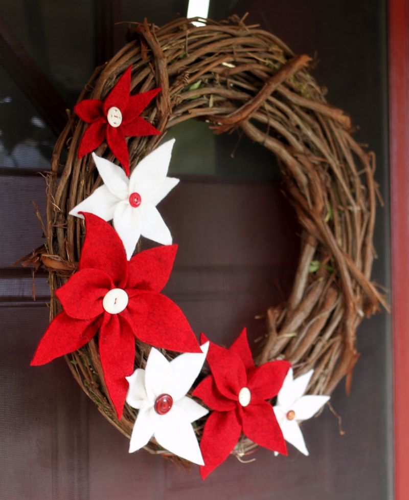 Poinsetta wreath