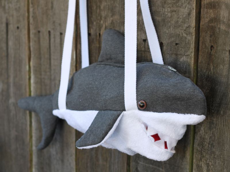 Diy shark bag