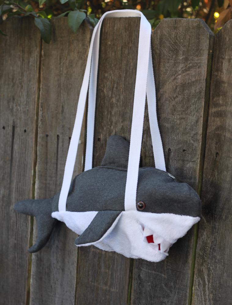 Diy shark duffle bag
