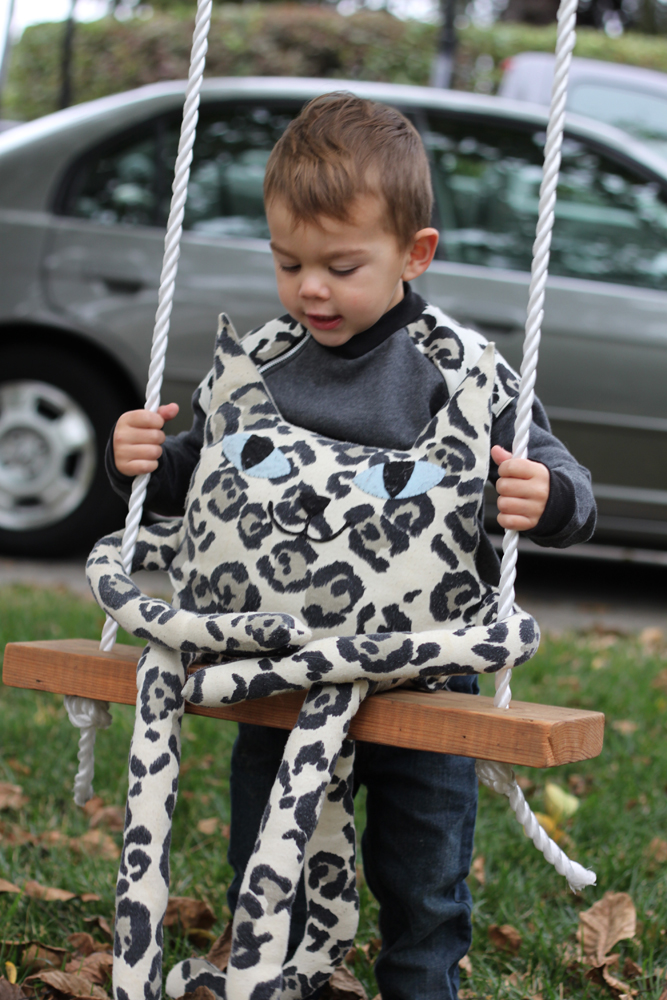Manfred on the swing