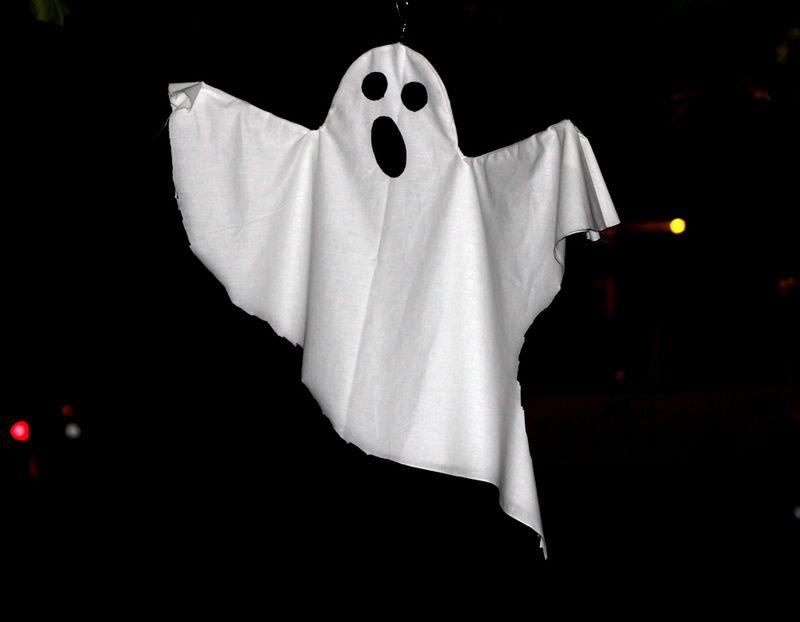 Spooky diy ghost