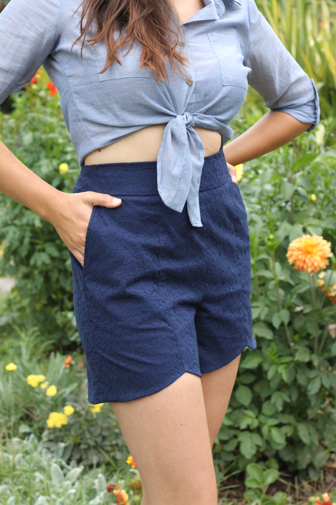 Sweet scalloped shorts :: smallfriendly.com