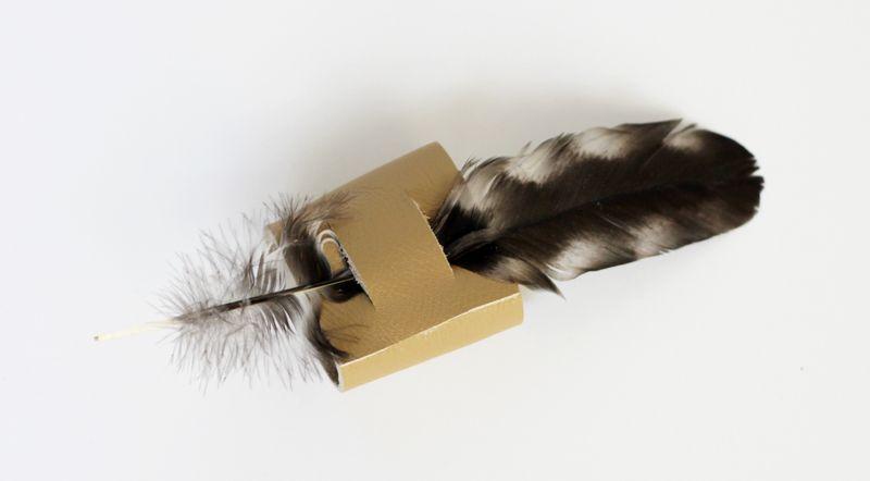 Thread feather