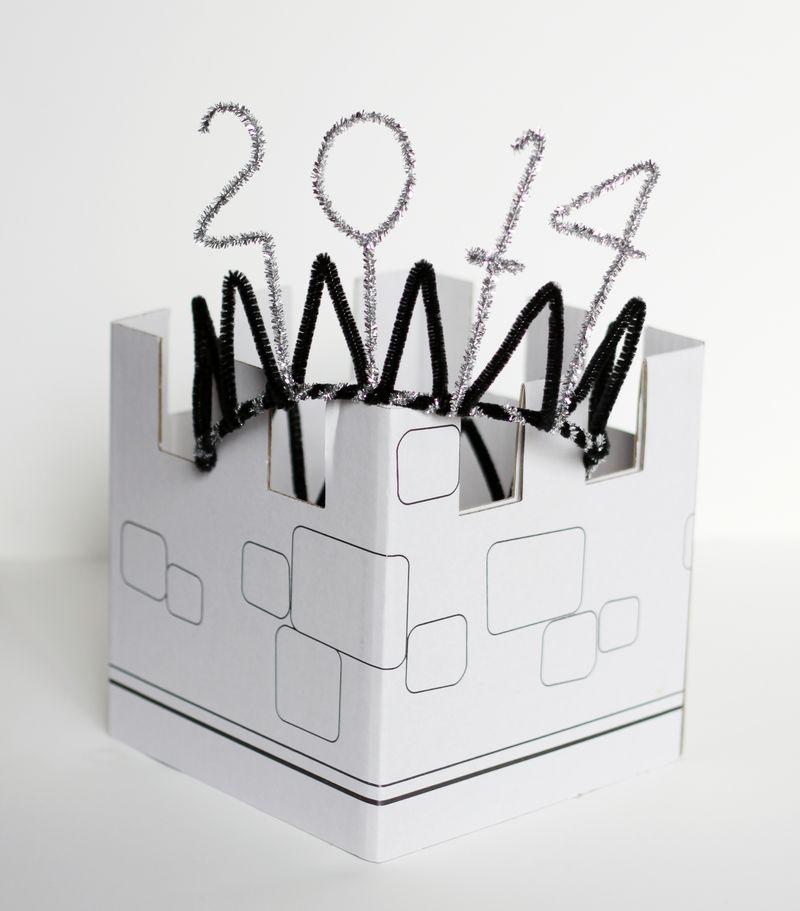 Diy new years crown