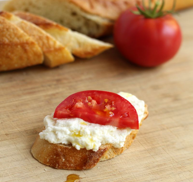 Herbed Ricotta And Tomato Crostini Recipes — Dishmaps