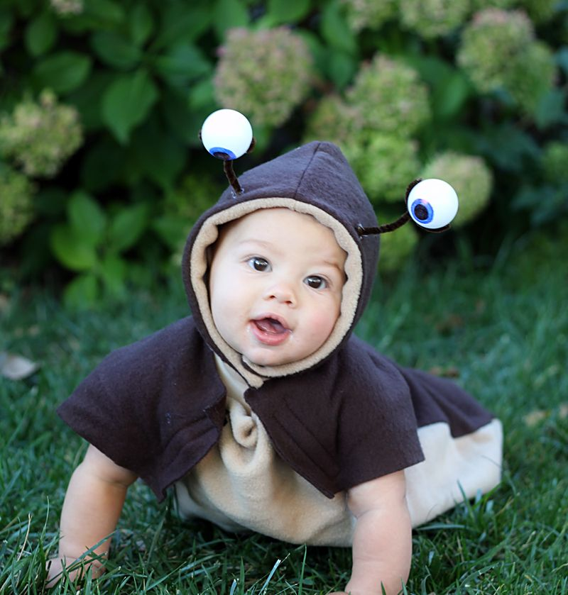 Baby slug costume