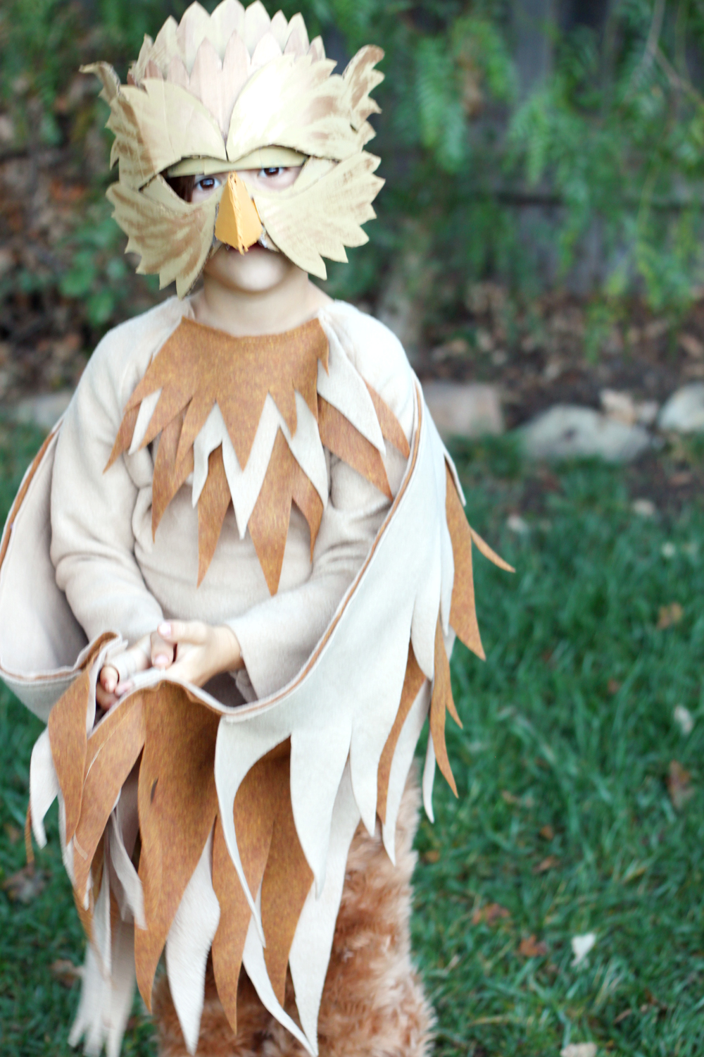 Small friendly sew gryphon costume solutioingenieria Image collections