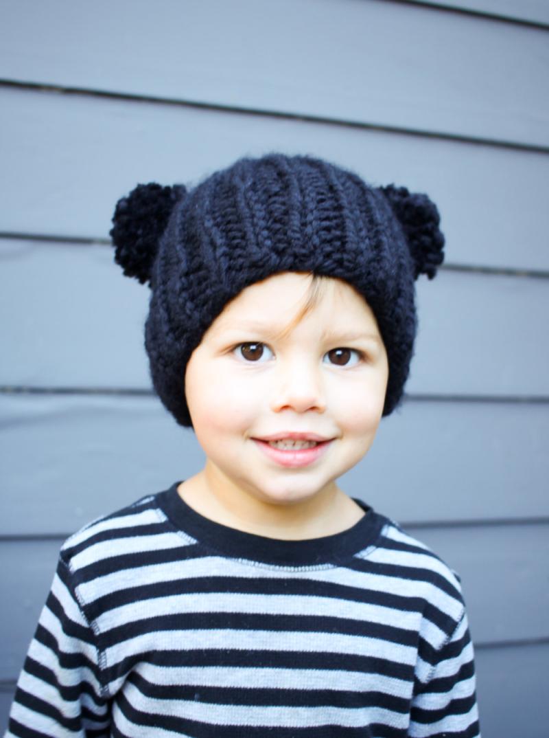 Knit two pom pom hat