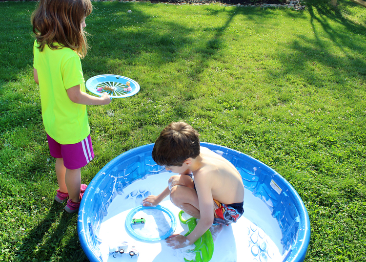 Inspire+kids+to+use+their+imagination+and+get+outside+this+summer