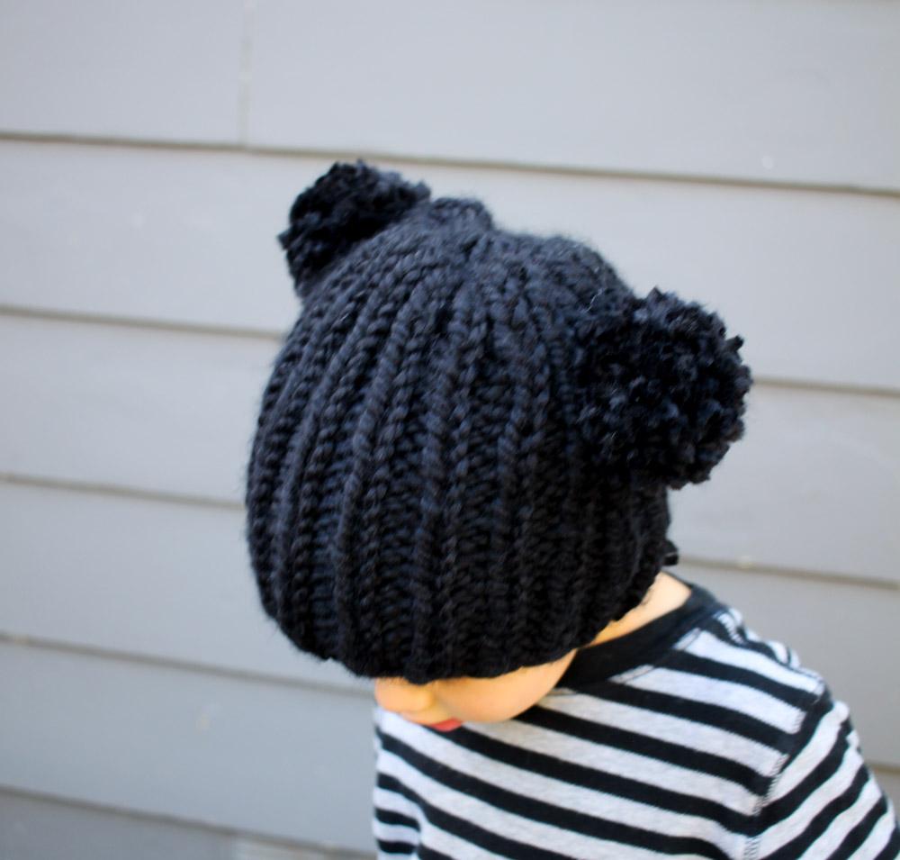 small + friendly: Free Knitting Pattern: Bear Beanie