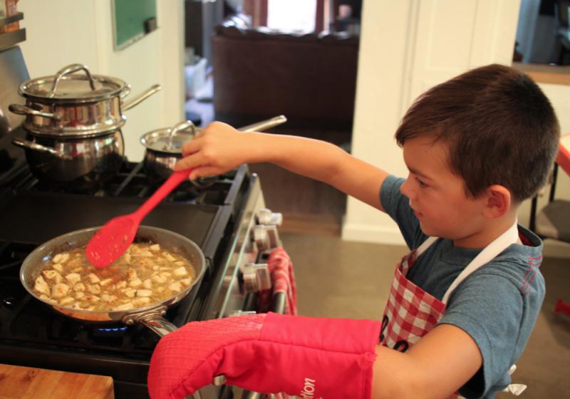 Revolution foods-kids help