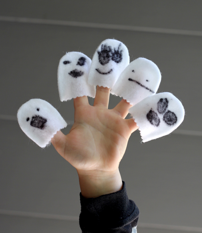 Little ghost finger puppets