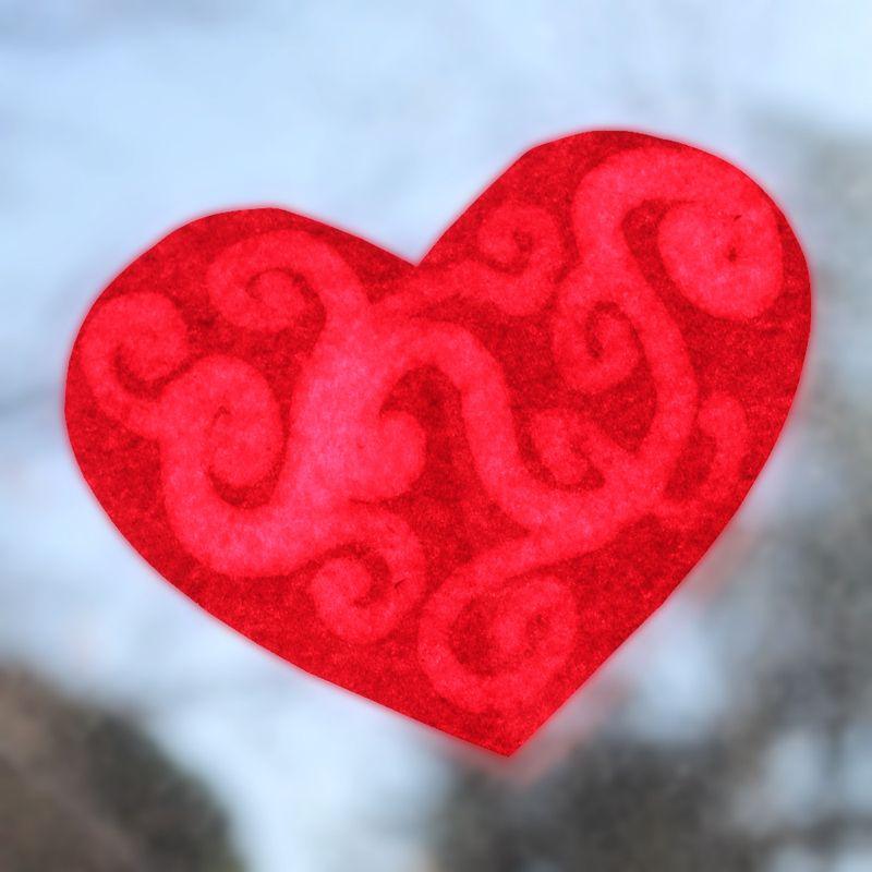 Kid craft heart suncatchers