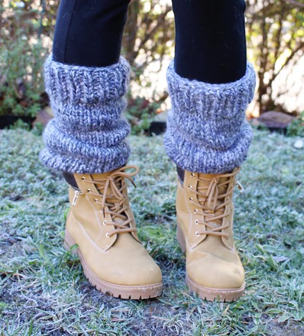 Small Friendly Free Knitting Pattern Chunky Slouchy Leg Warmers